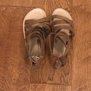 Strappy sandals - girls size 12
